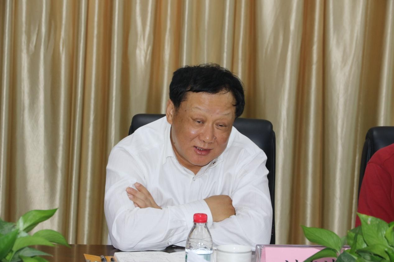 恒天集团总裁刘海涛到恒天重工郑州区域调研